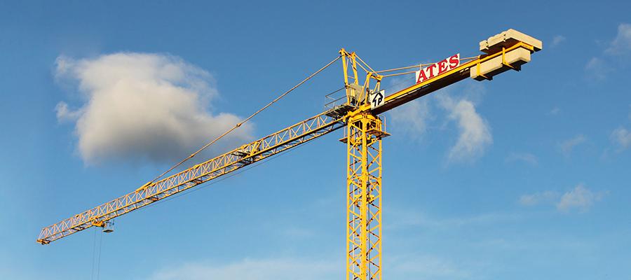 En ATES Construcción ofrecemos alquiler de material par ala construcción. Somos expertos en andamios, grúas automontantes. encofrados, puntales.
