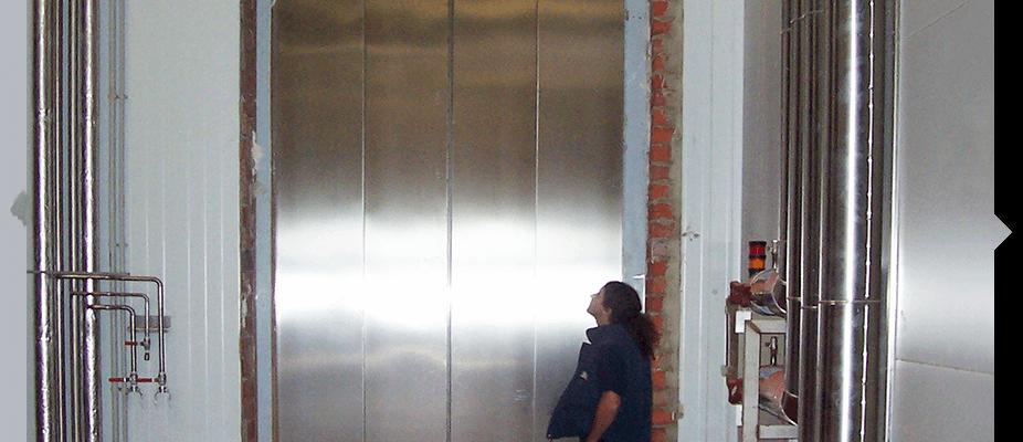 Instalación de ascensores industriales ATES soluciones elevators