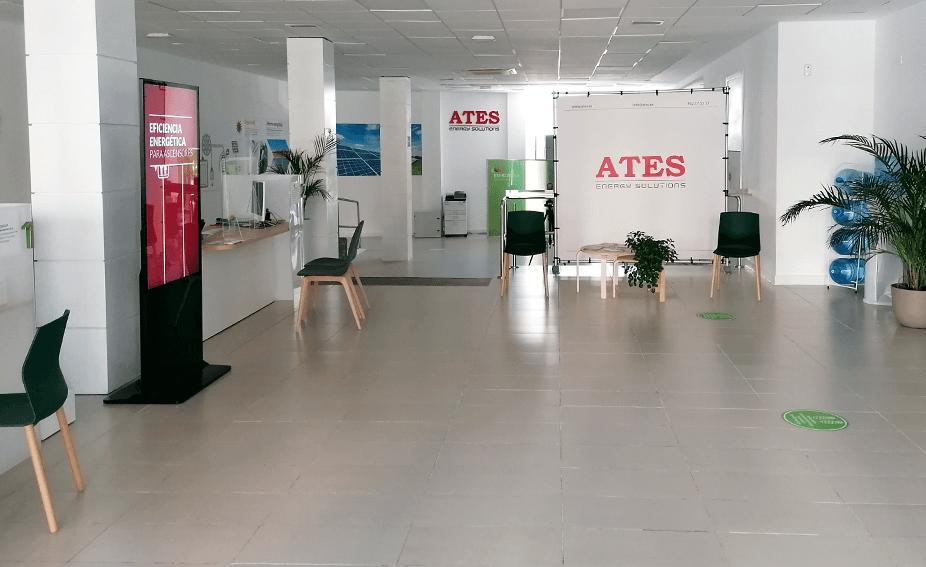 Show room de Castellón. Punto de atención al cliente, colaboradores de Iberdrola y asesoramiento energético por ATES Energy solutions y Mantenimiento a ascensores en la Comunidad Valenciana, toda España y Chile con ATES Elevators.